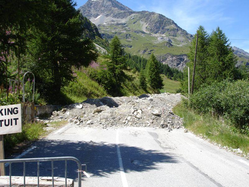 [Tignes] Réaménagement hameau des Boisses - Page 3 Dsc04116