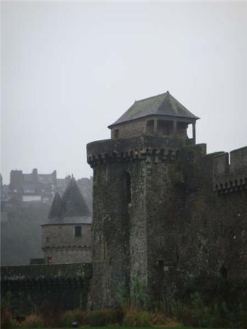 Le château de Fougères 1010