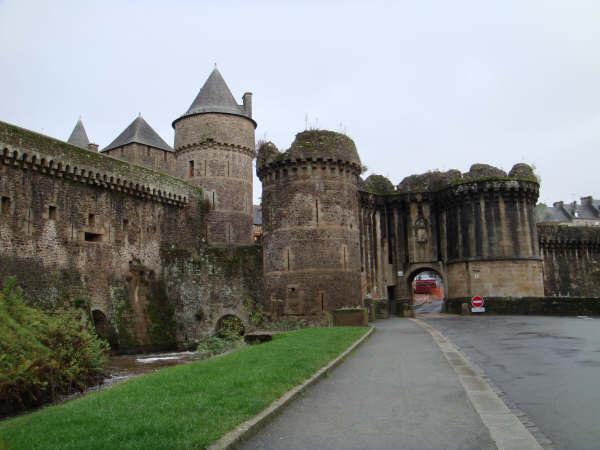 Le château de Fougères 310
