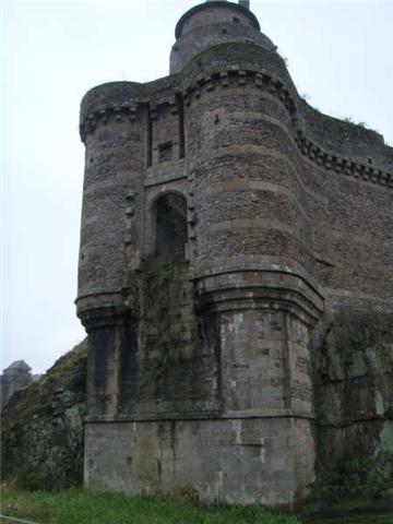 Le château de Fougères 610