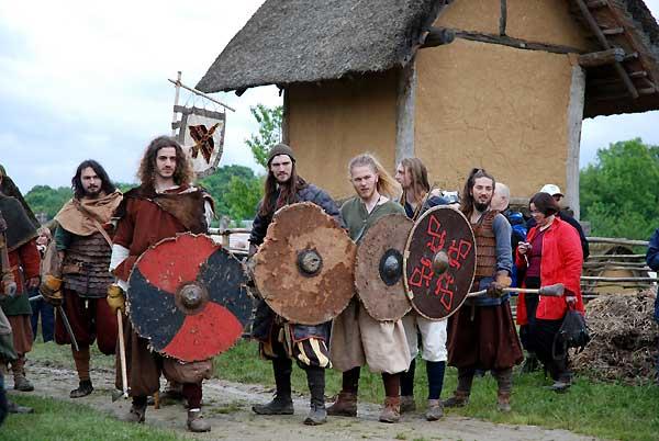 Journées Vikings archéosite de Marle - Mai 2009 1111