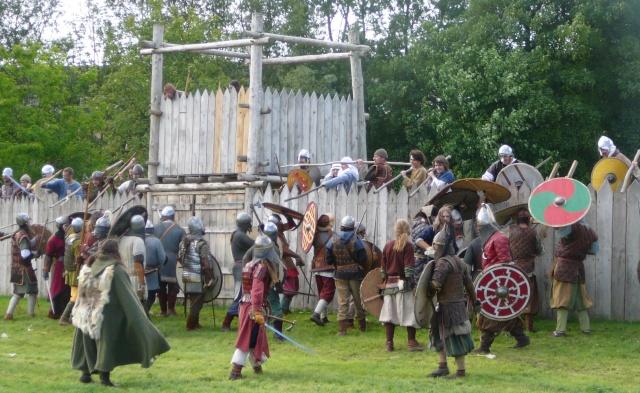 Journées Vikings archéosite de Marle - Mai 2009 P1090814