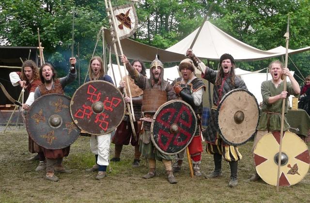 Journées Vikings archéosite de Marle - Mai 2009 P1100014