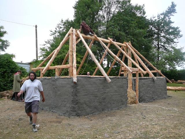 Expérimentation maison an mil - Juillet 2009 P1100818