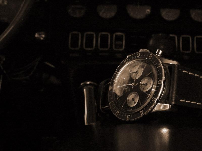 Feu de vos montres de pilote automobile - Page 4 P1150312