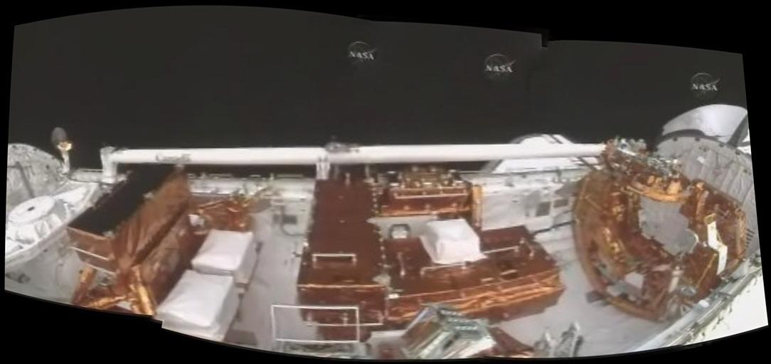 [STS-125] Atlantis : la mission - Page 3 1_jack12