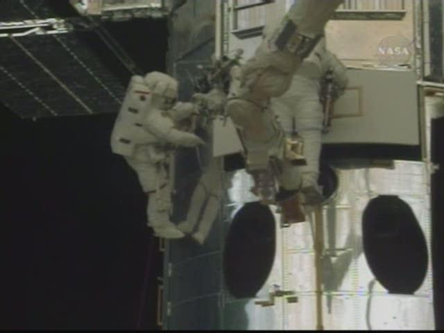 [STS-125] EVA - 1 Indexc19