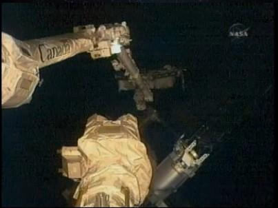 [STS-127: Endeavour] EVA 3 Sans_115