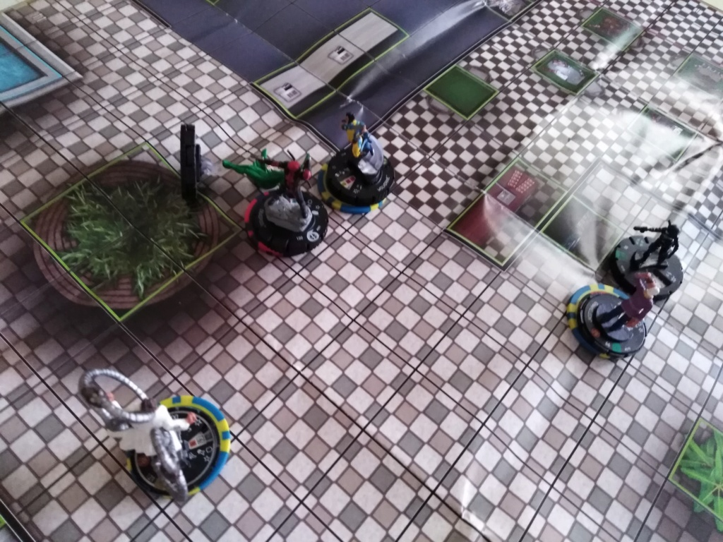 Marvelous cloberrin' day : campagne heroclix. Img_2526