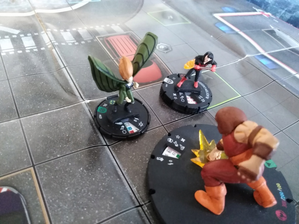 Marvelous cloberrin' day : campagne heroclix. - Page 8 Img_2706