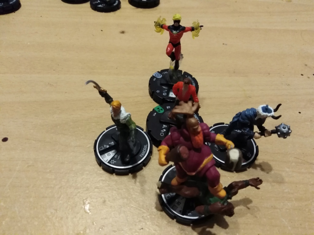 Marvelous cloberrin' day : campagne heroclix. - Page 9 Img_2718
