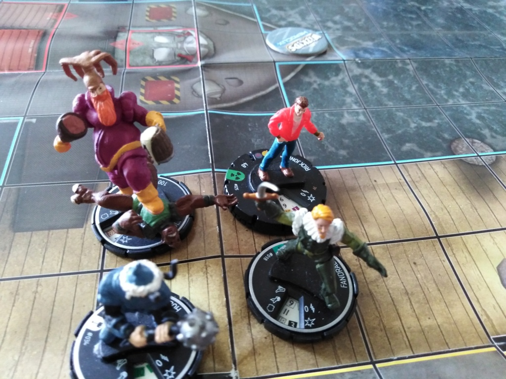 Marvelous cloberrin' day : campagne heroclix. - Page 9 Img_2723