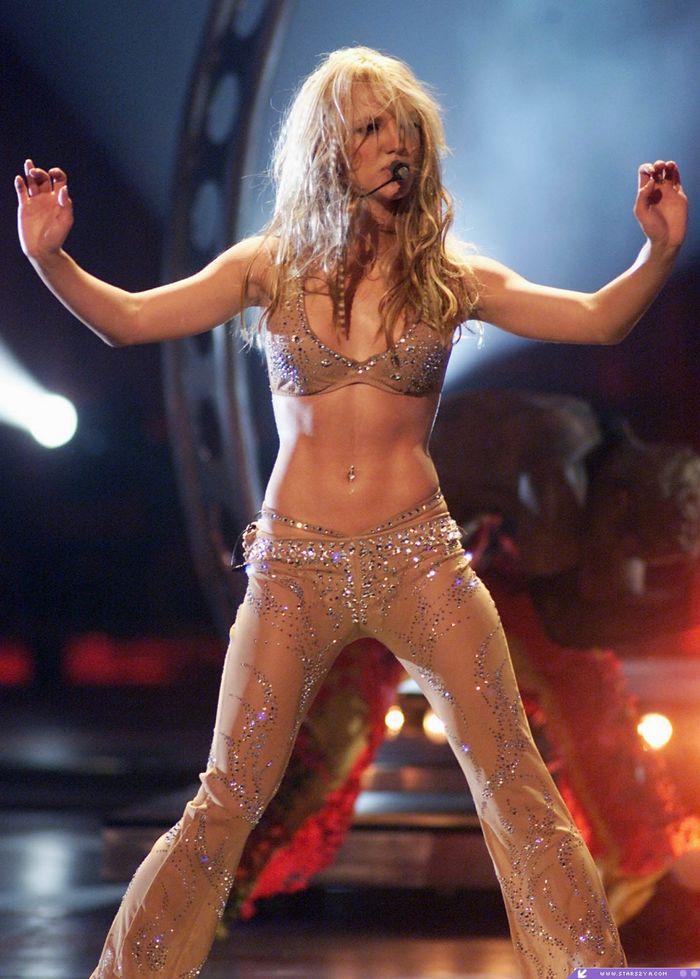Britney-Bild vs. Britney Bild Normal12