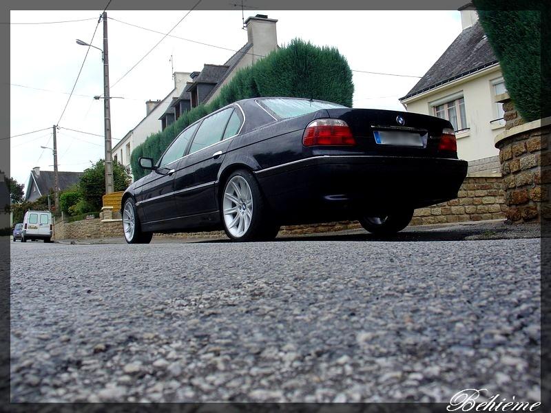 Mein e38 V12 Dsc01315