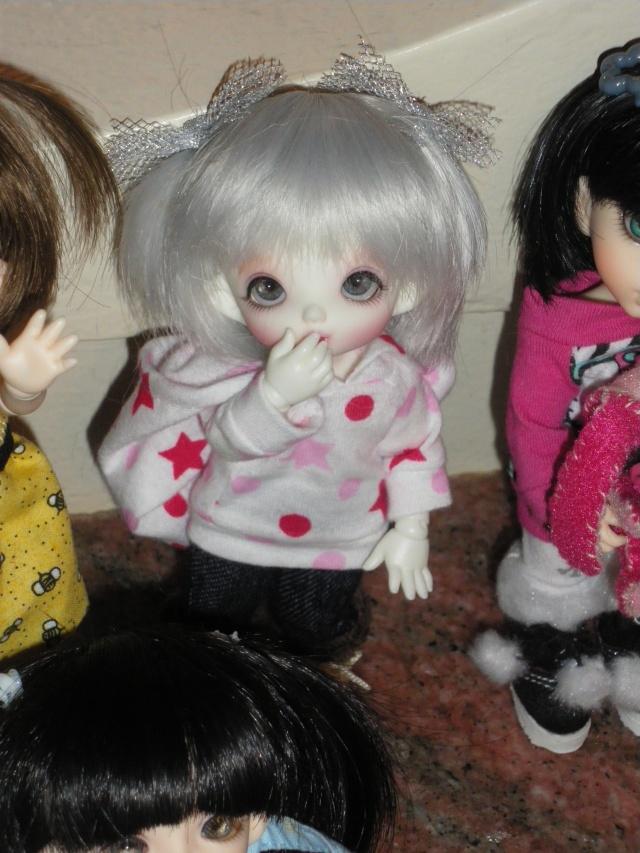 eleowine, capucine, eglantine, camélia et maiwen ma petite famille pukifee au complet+pigglet family Imgp5412