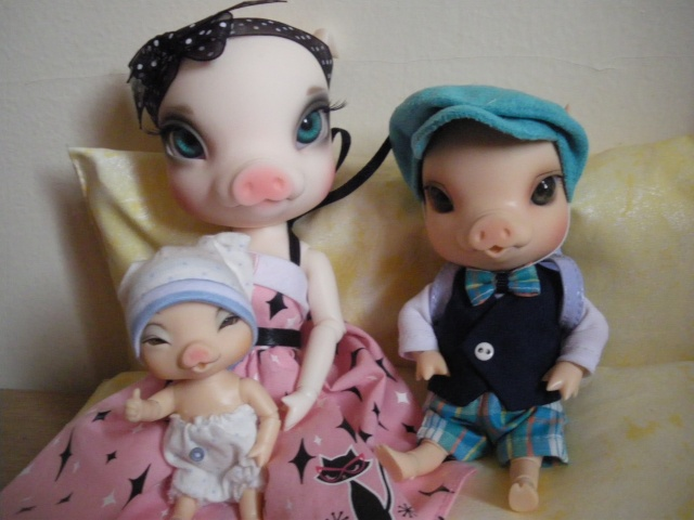 eleowine, capucine, eglantine, camélia et maiwen ma petite famille pukifee au complet+pigglet family Imgp5419