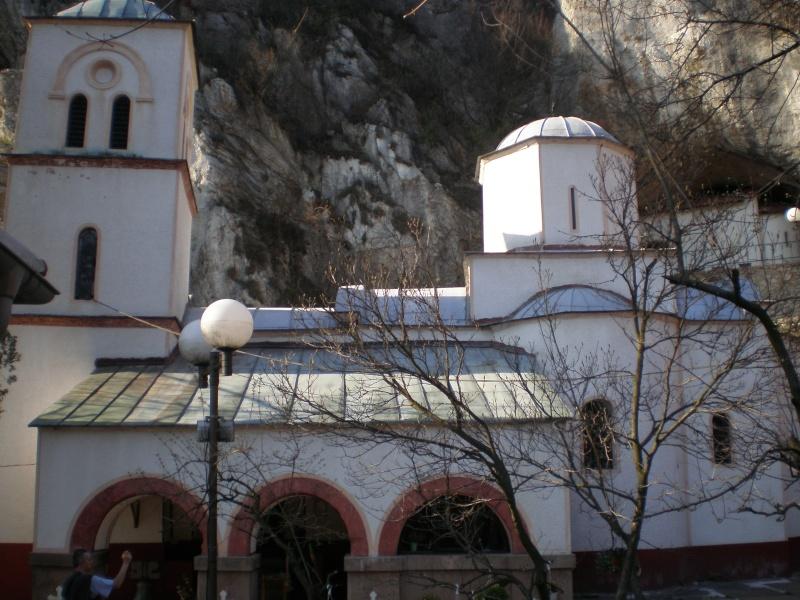 Manastir Gornjak P4040010