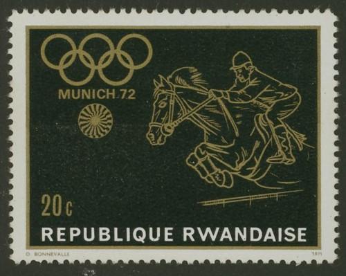 Pferde - Seite 3 Ruanda11