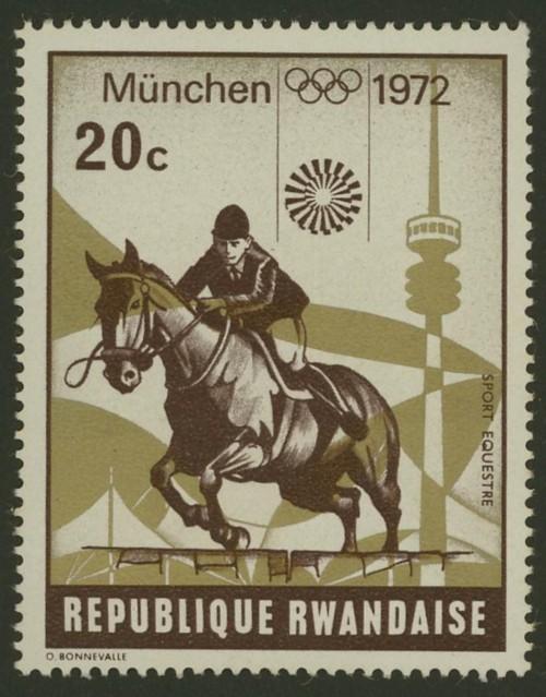 Pferde - Seite 3 Ruanda12