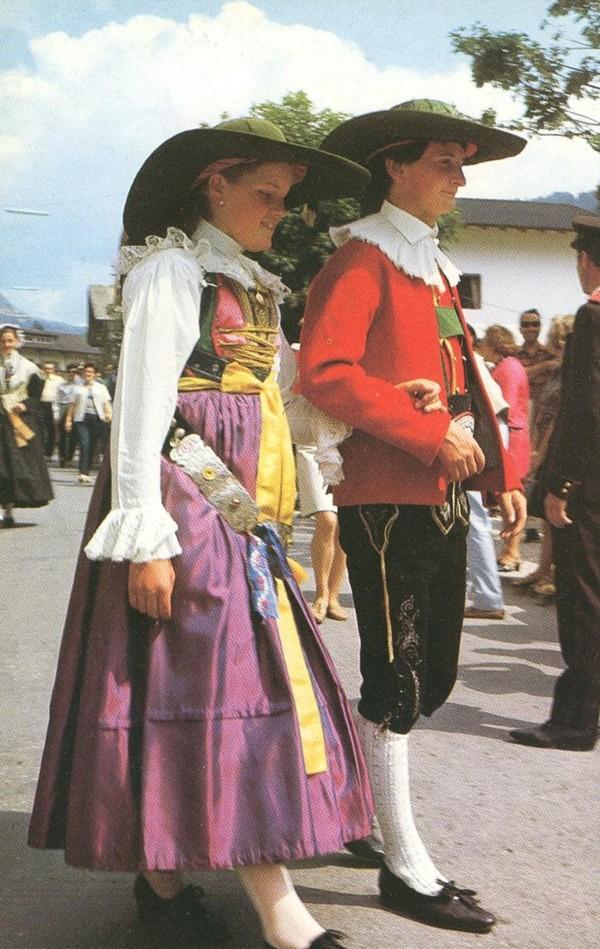 Südtiroler Trachten Tracht14