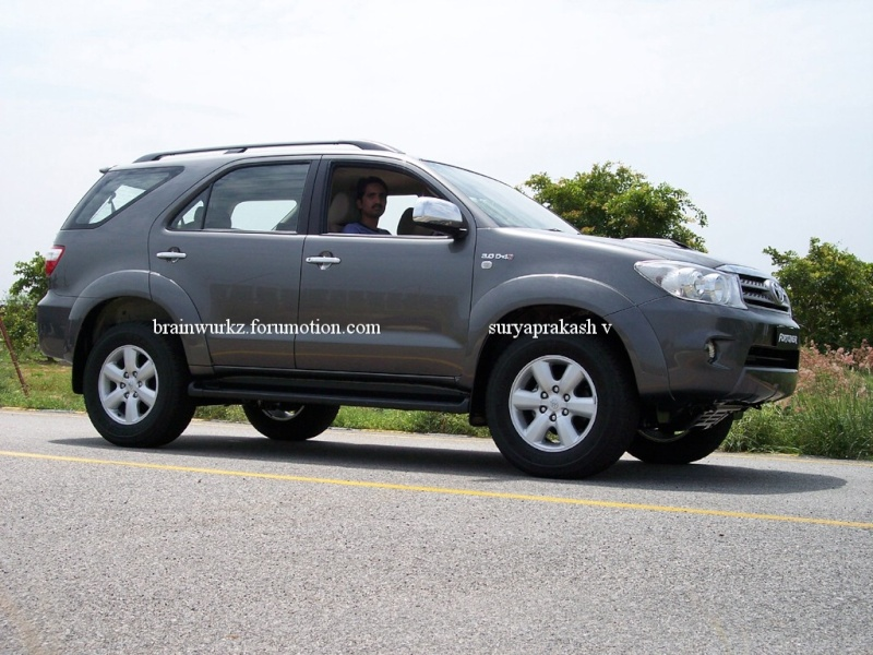 Toyota Fortuner launching on 24th August 100_6416