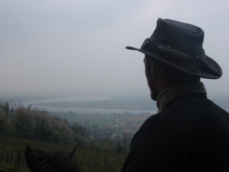 Visite des Isérois dans le Bas Bugey P4130411