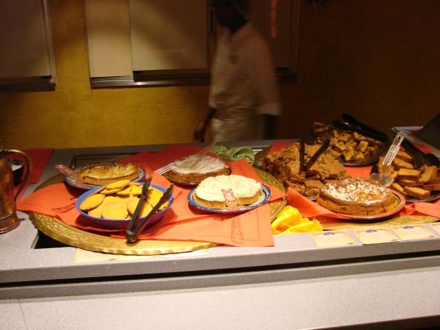 Agrabah Café Restaurant (carte p.26) - Page 3 Dsc01149