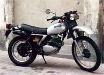 Mes anciennes(motos!) 250hon10