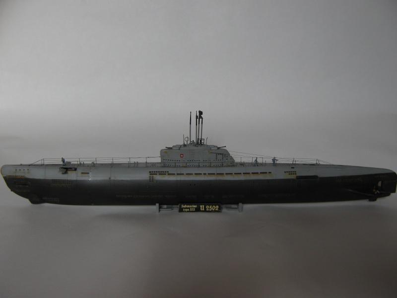 Revell Typ XXI  U-2502 Img_1010