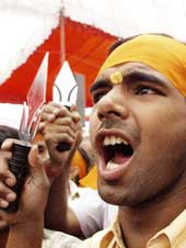Pictures of Hindu fundamentalists in India 06tris10