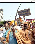 Pictures of Hindu fundamentalists in India 210