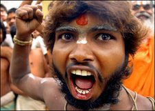 Pictures of Hindu fundamentalists in India Fanati10