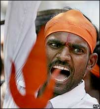 Pictures of Hindu fundamentalists in India Fanati11