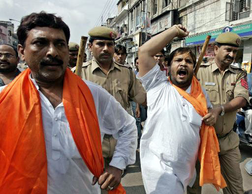 Pictures of Hindu fundamentalists in India Fanati14