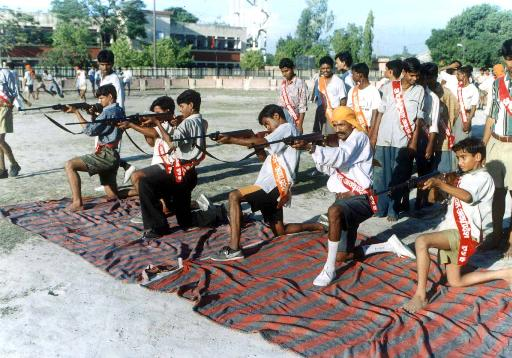 Pictures of Hindu fundamentalists in India Rss_hi10