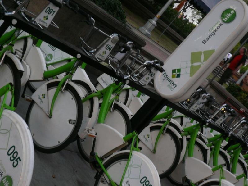 Pratiquer le vélo à Bangkok, mais si c'est possible P1000310