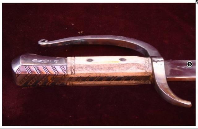 le fauchon (archer) Pommea11