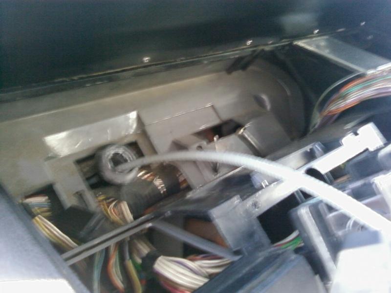 [TUTO] Changement d'un câble de compteur de vitesse Sp_a1715