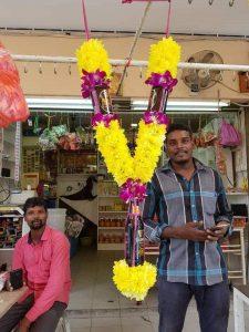 முனீஸ்வரருக்கு பீர் மாலை - இது மலேசிய தமிழர்களின் புதிய கண்டுபிடிப்பு Siriya10