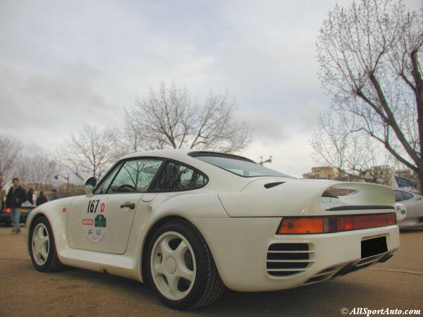La 959 pour moi la Porsche de rêve : - Page 2 1987_p11