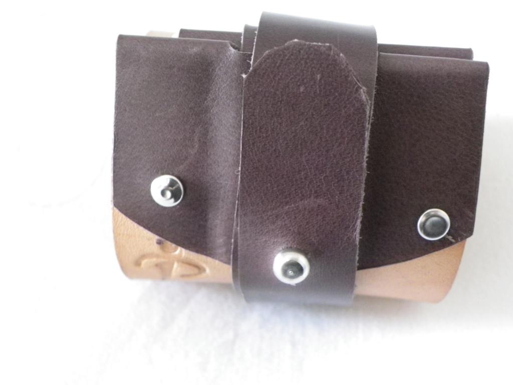 prototype de cuir de voyage - Page 3 Imgp6147