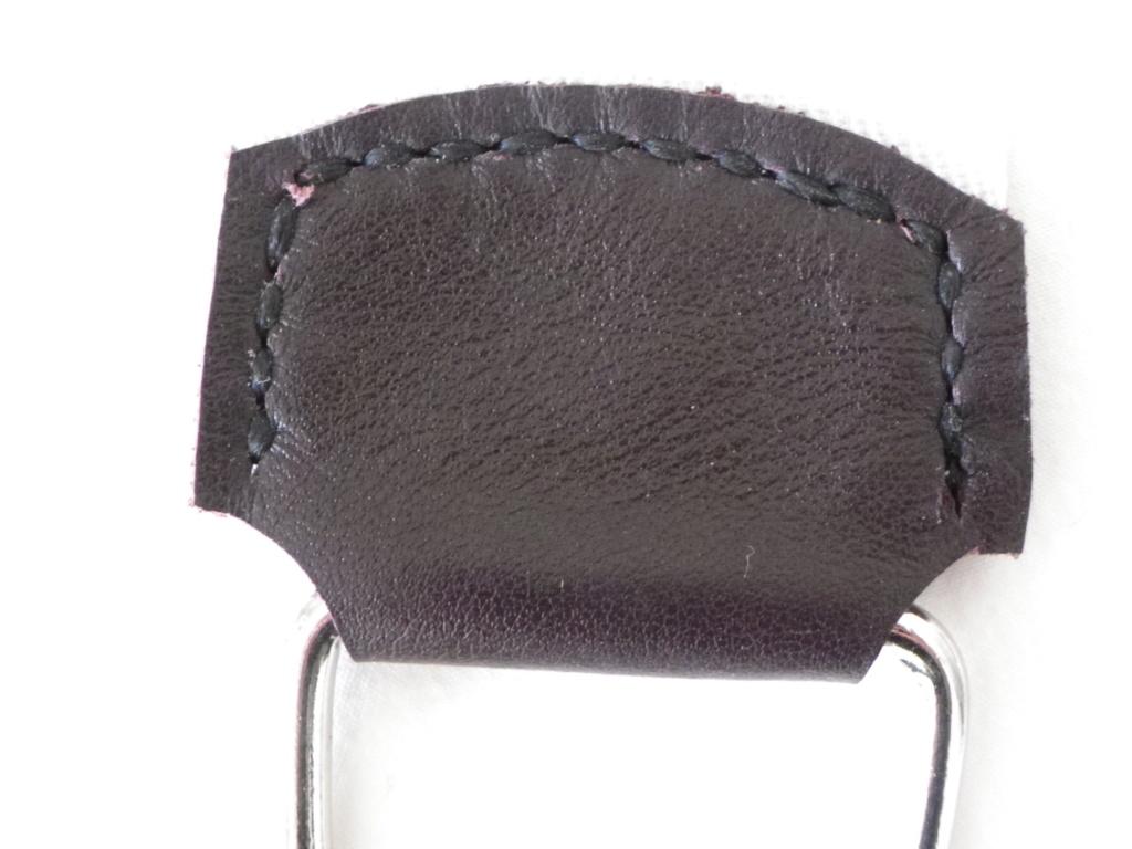 Premier essai de couture sur cuir Imgp6152