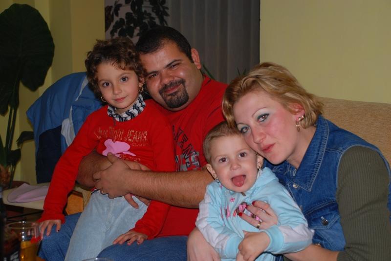 www.eroudepoveste.ro te invita la concurs ,,o familie fericita,, ! - Pagina 2 Dsc_7210