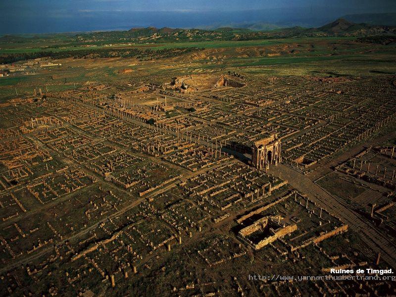 Timgad la  Rome Africaine 33463410