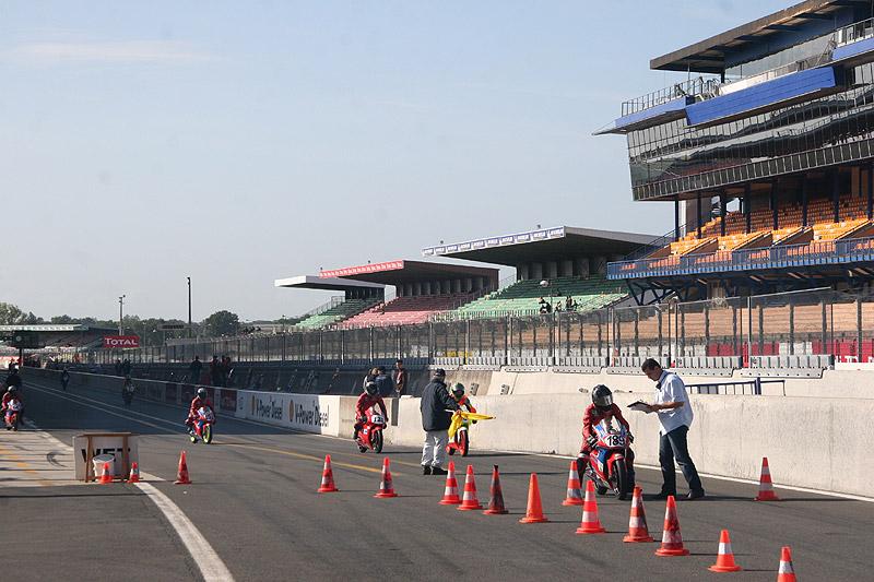 [FSBK] Le Mans, 6 septembre - Page 5 A0010