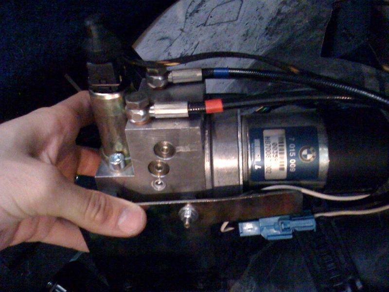 (BMW E39 touring)  Hayon électrique hors fonction 310