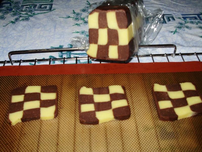 les biscuits damiers Le_dam13