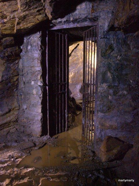 Prince Edward Gold Mine Dscn9712