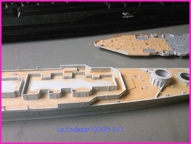 CONSTRUCTION DE LA MAQUETTE DU HOOD 1941 au 700 TRUMPETER Hood-221