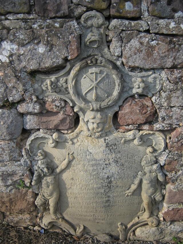 De l'autre côté du mur...du cimetière de Wangen Img_0329